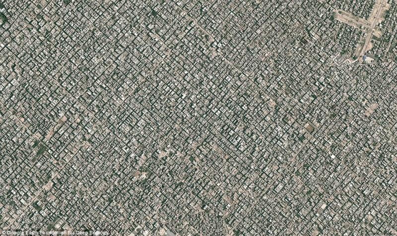 New Delhi vista dall'alto: oltre 22 milioni di abitanti e nessuno spazio verde