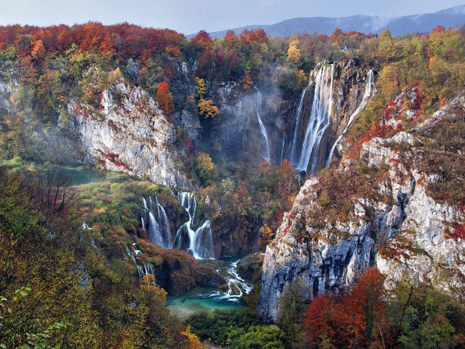 Cascate in Autunno - Plitvice Lakes National Park, Croatia