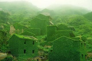 La natura si riprende un villaggio in Cina e lo fa rinascere
