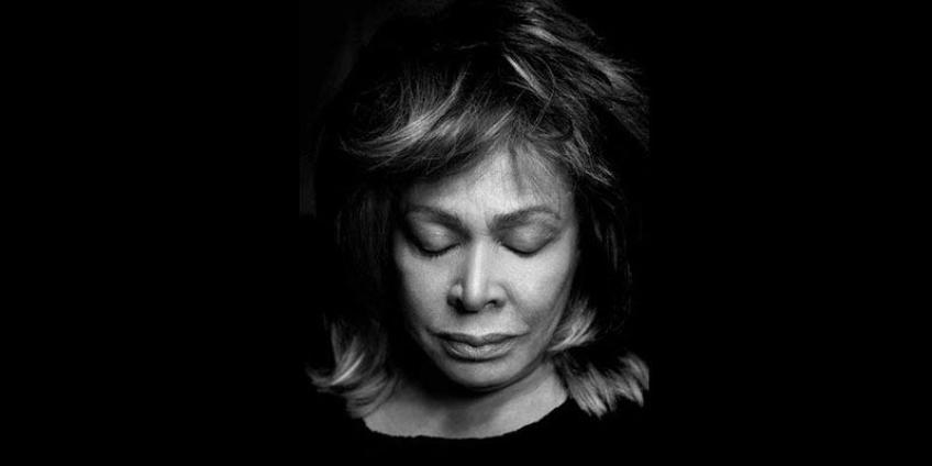 Tina Turner e 30 bambini di religioni differenti in un potente MANTRA DELLA PACE